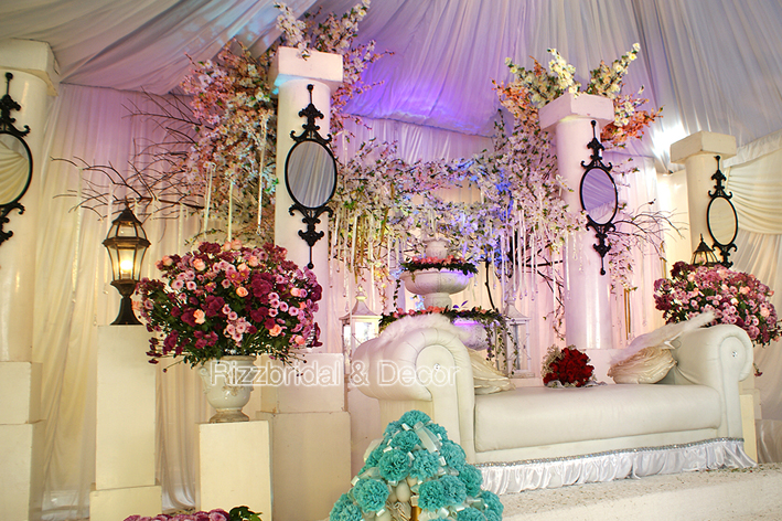Rizzbridal Decor Pelamin Dewan The Empire Garden
