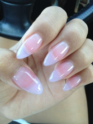 Polish And Beauty Tips: How To Achieve Stiletto Nails