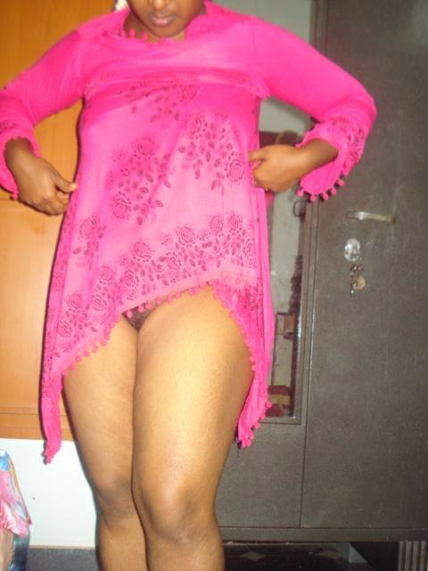 aunty shaved choot changing pink kamiz at home   nudesibhabhi.com