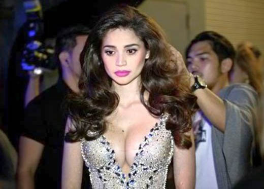 anne curtis sexy bikin photo in her concert