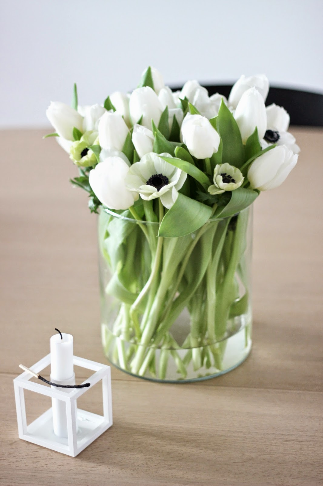 weekend flowers, kubus, via http://www.scandinavianlovesong.com/