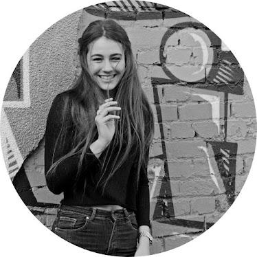 Katharina / 19