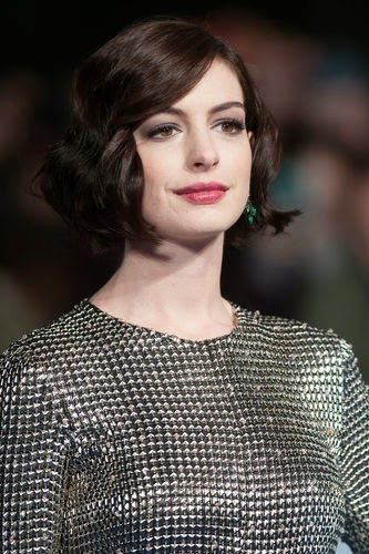Chain Mail: Anna Hathaway appears in knight look