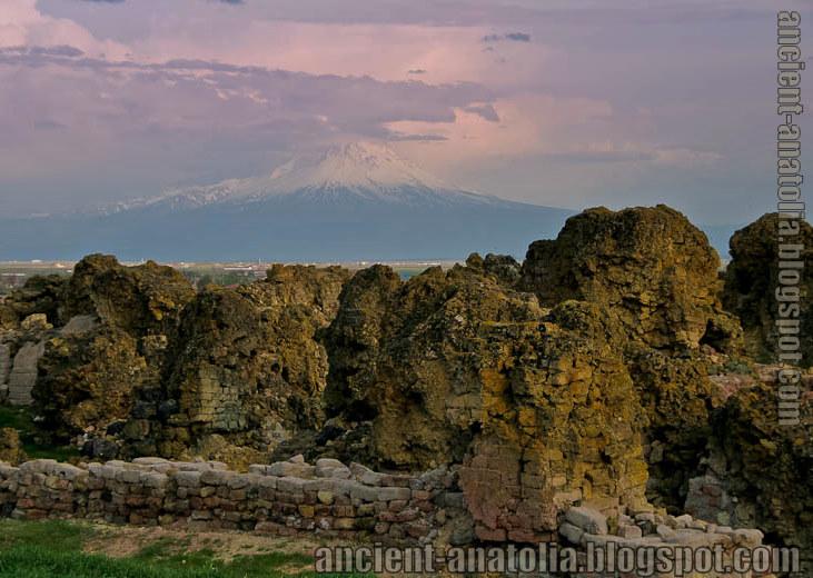 Hititlerden Önce Anadolu - Kayıp Hatti-Asur Kenti Puruşanda