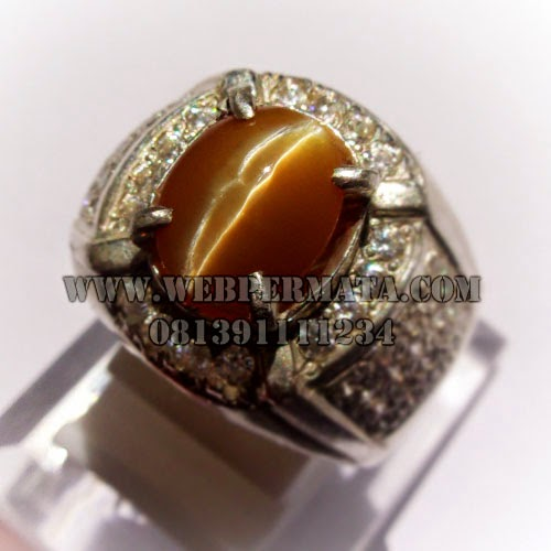 Batu Permata Opal Cat eye, Cat Eye honey color, Batu Mata Kucing Madu, Opal Madu cat eye