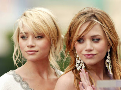Ashley Olsen - Mary Kate Olsen Wallpaper
