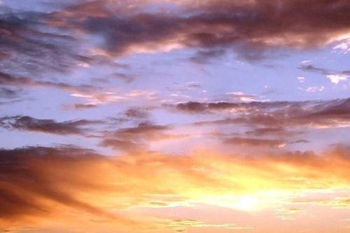 Cielo nublado con matices de colores (1920x1200)