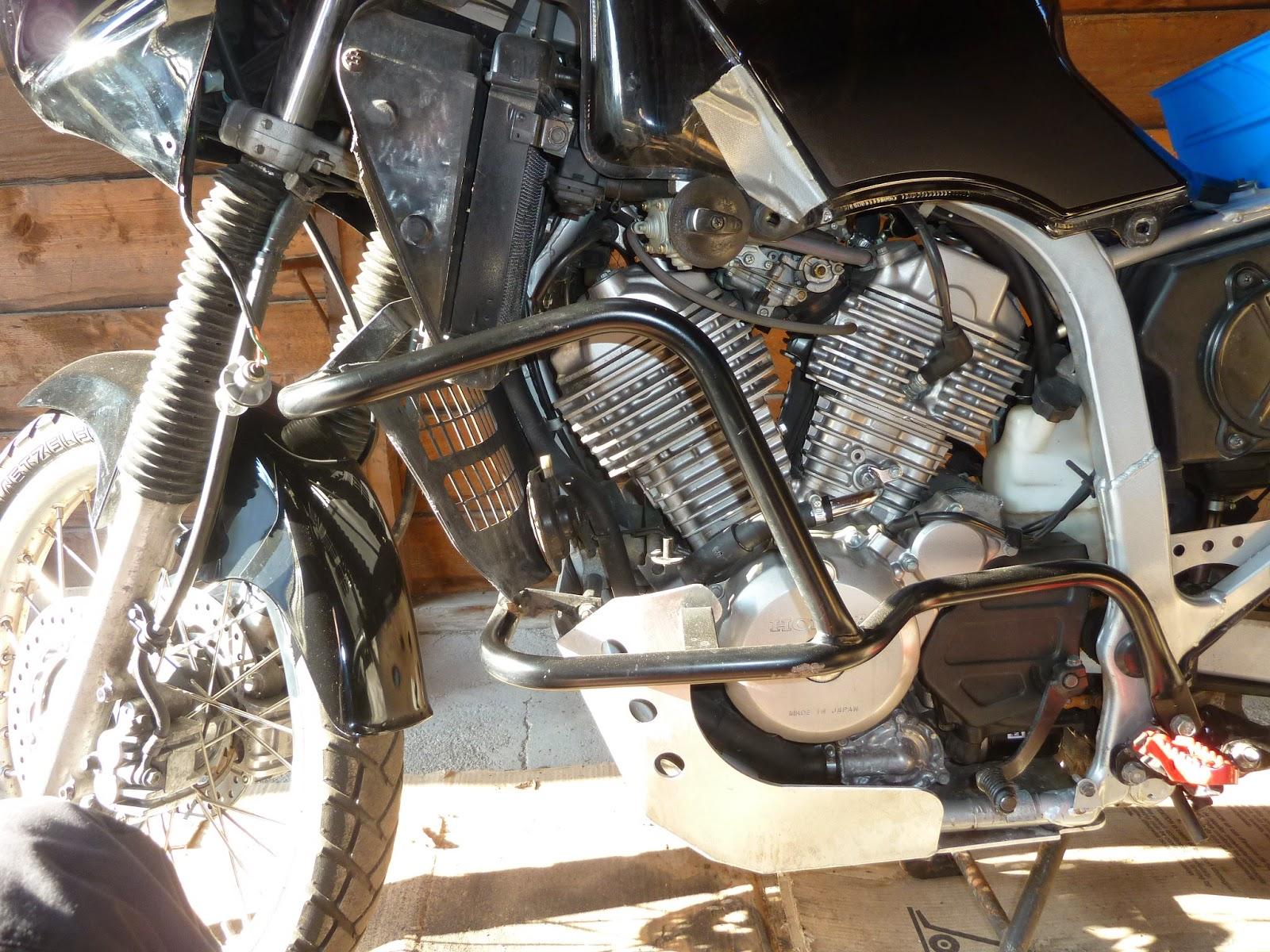motorradtouren reisen und technik wenn die dichtung des zylinderkopfdeckels ersetzt werden mu. Black Bedroom Furniture Sets. Home Design Ideas