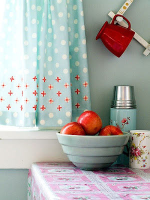 Another great blue and red combo this kitchen is gorgeous and i love