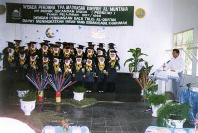Wisuda Madrasah