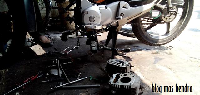 Kondisi Motor Saat Mesin Dibelah - Blog Mas Hendra