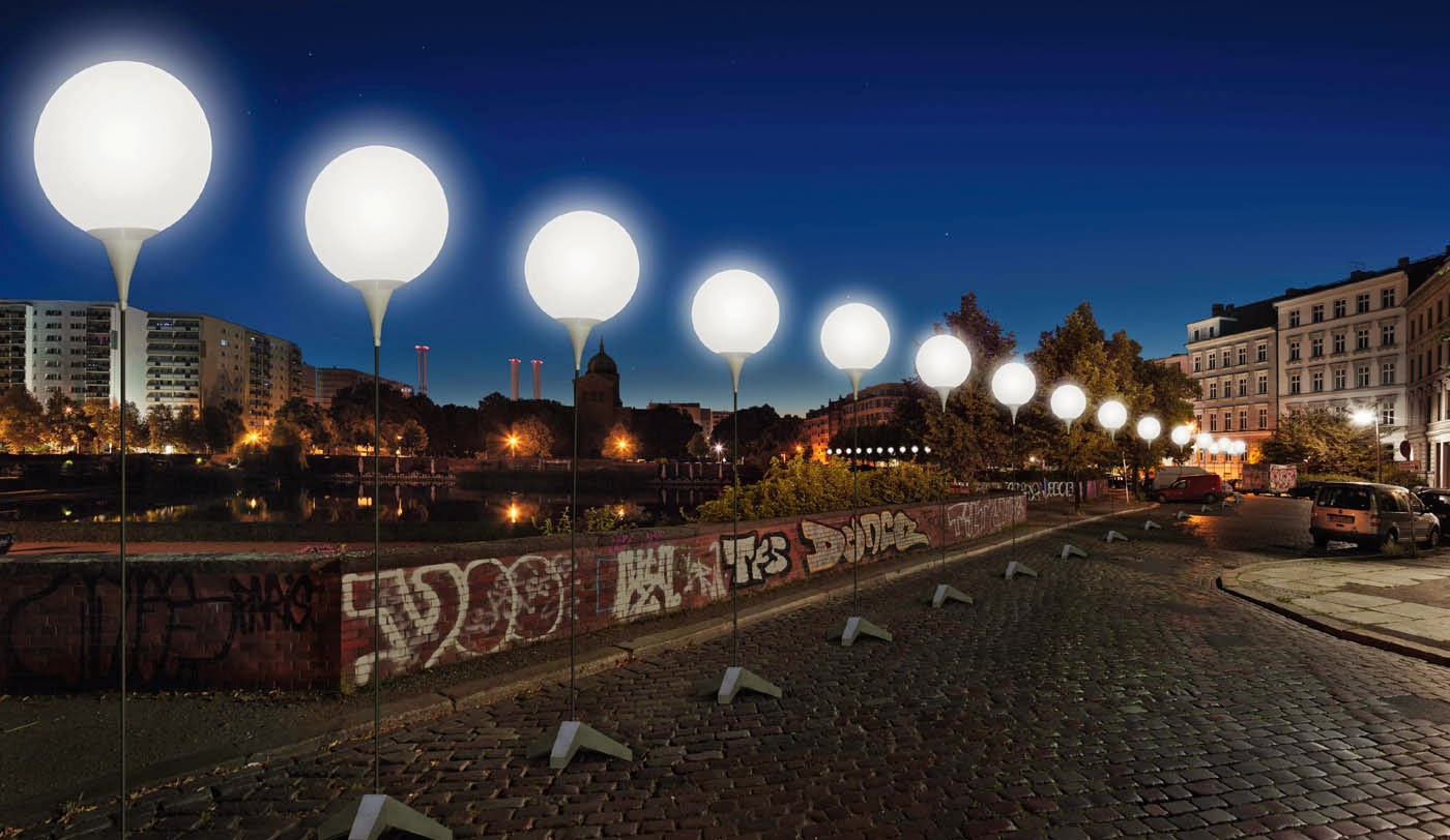 LICHTGRENZE-c__Kulturprojekte_Berlin_WHITEvoid_Christopher_Bauder_Daniel_Bueche.jpg