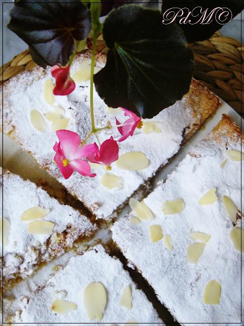 http://www.pecorelladimarzapane.com/2011/03/torta-alle-mandorle-di-santiago-e-tea.html