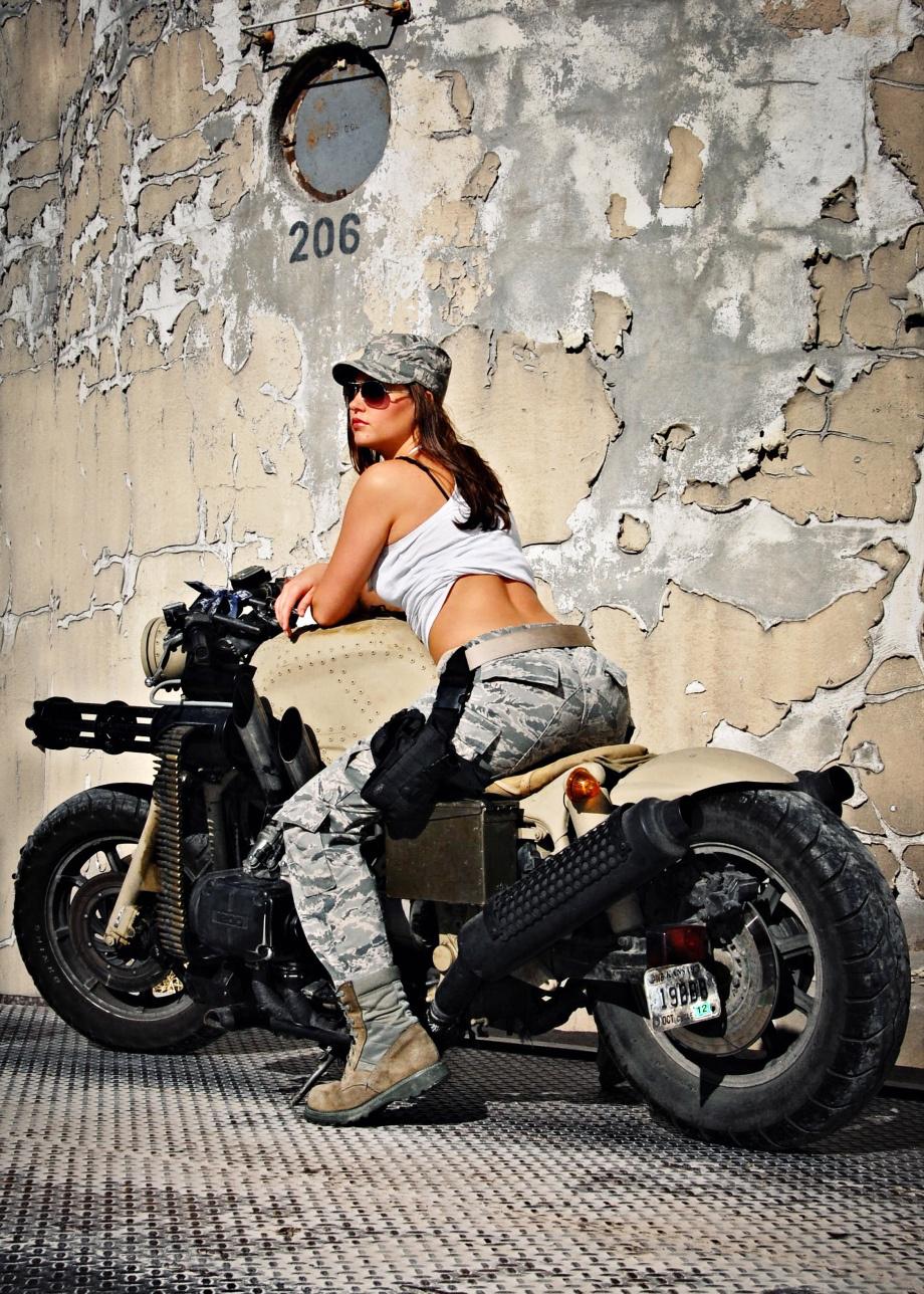 Honda Goldwing Gatling gun motorcycle    Military motorcycles   Military motorcycles for sale