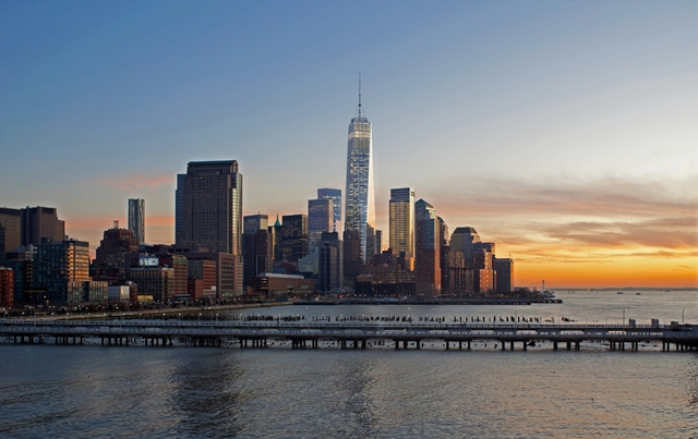 Rendering of One World Trade Center by Skidmore, Owings & Merrill LLP (SOM) and New York Skyline