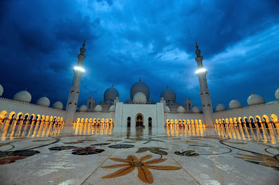 Sheikh Zayed bin Sultan al-Nahayan, President, UAE, Mosque, Islam, Religion, Prayer, Abu Dhabi, Sheikh Zayed Mosque, Capital, Construction, History, Muslim,