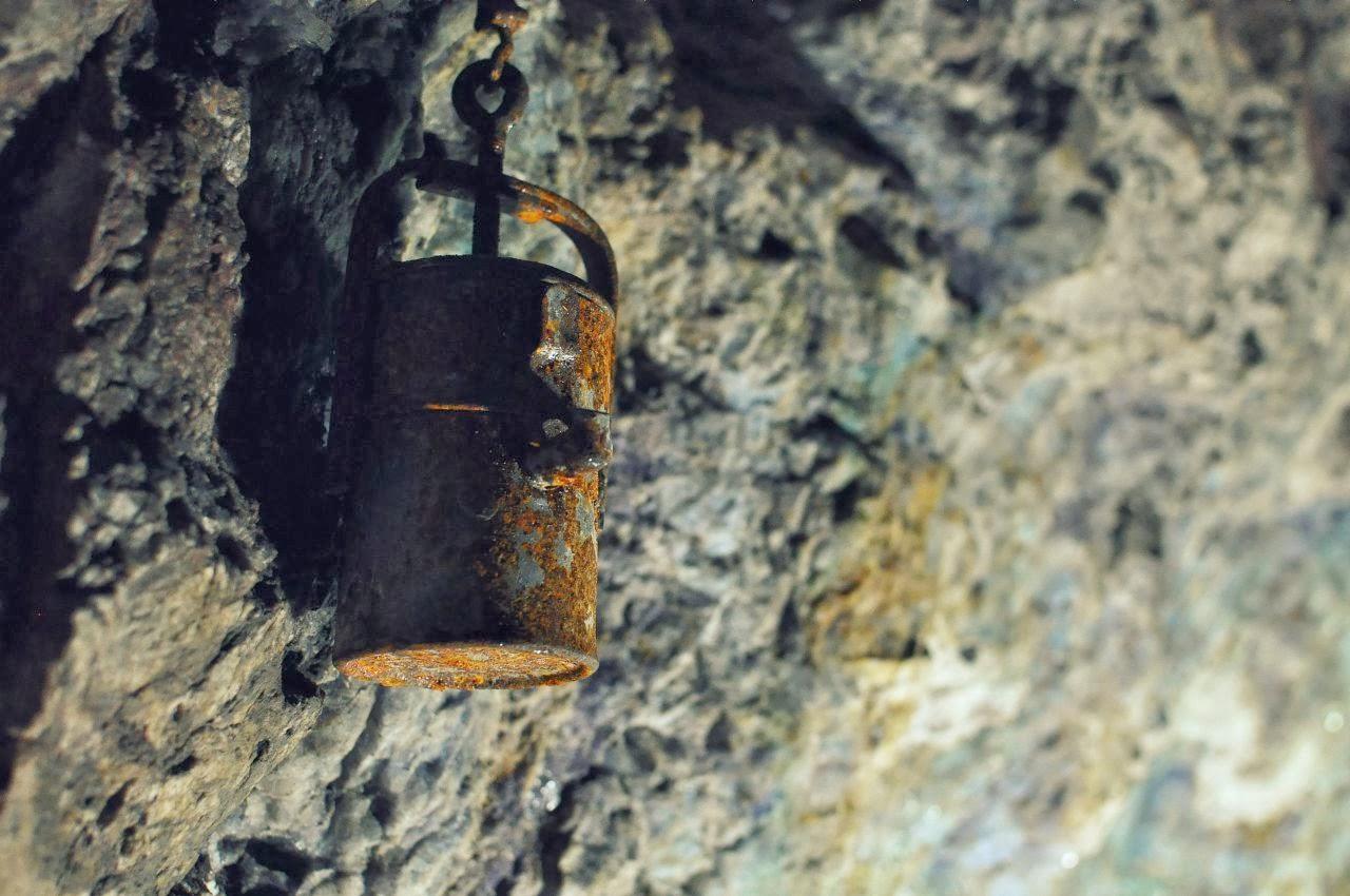 Górniczy kaganek w kopalni uranu w Kletnie