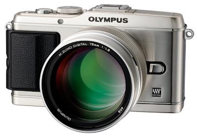 Olympus PEN E-P3 con ottica M.ZUIKO DIGITAL ED 75mm f/1.8