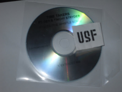 Time_Takers_Ft_Dev_And_Tinchy_Stryder-It_Goes-PROMO_CDM-2011-USF