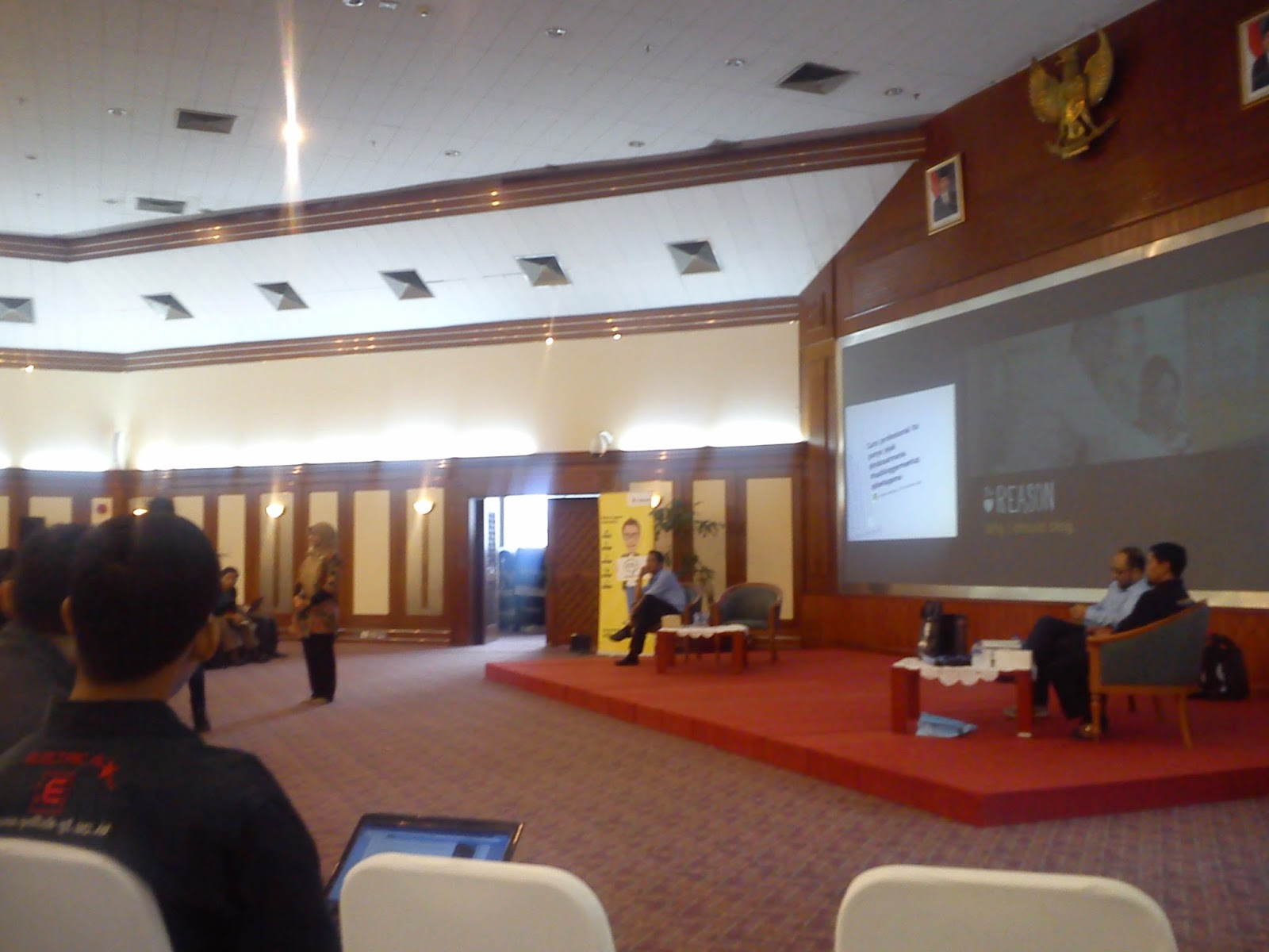 Bu Amiroh Adnan di Acara Kopdar Akbar Guru Blogger Nasional Bersama Indosat