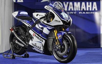 Foto Yamaha YZR-M1 2012