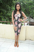 Karthika Nair latest photo shoot-thumbnail-7