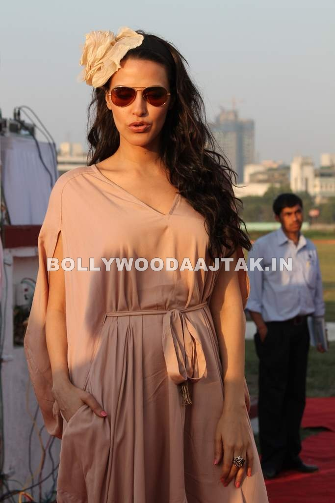 - Neha Dhupia at 3rd Asia Polo match