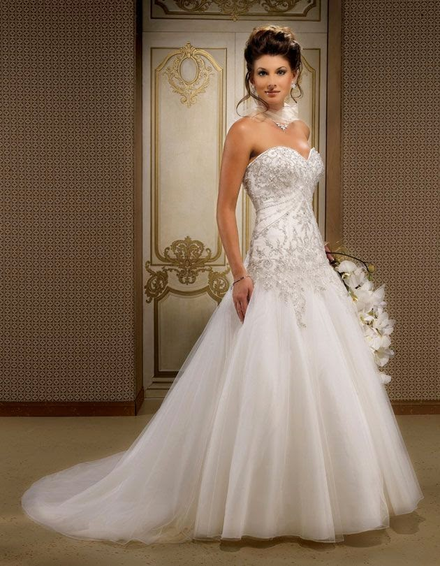 Gorgeous sleeveless ball gown floor-length wedding dress