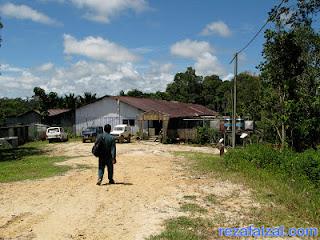 rumah panjang Kampung Melilas