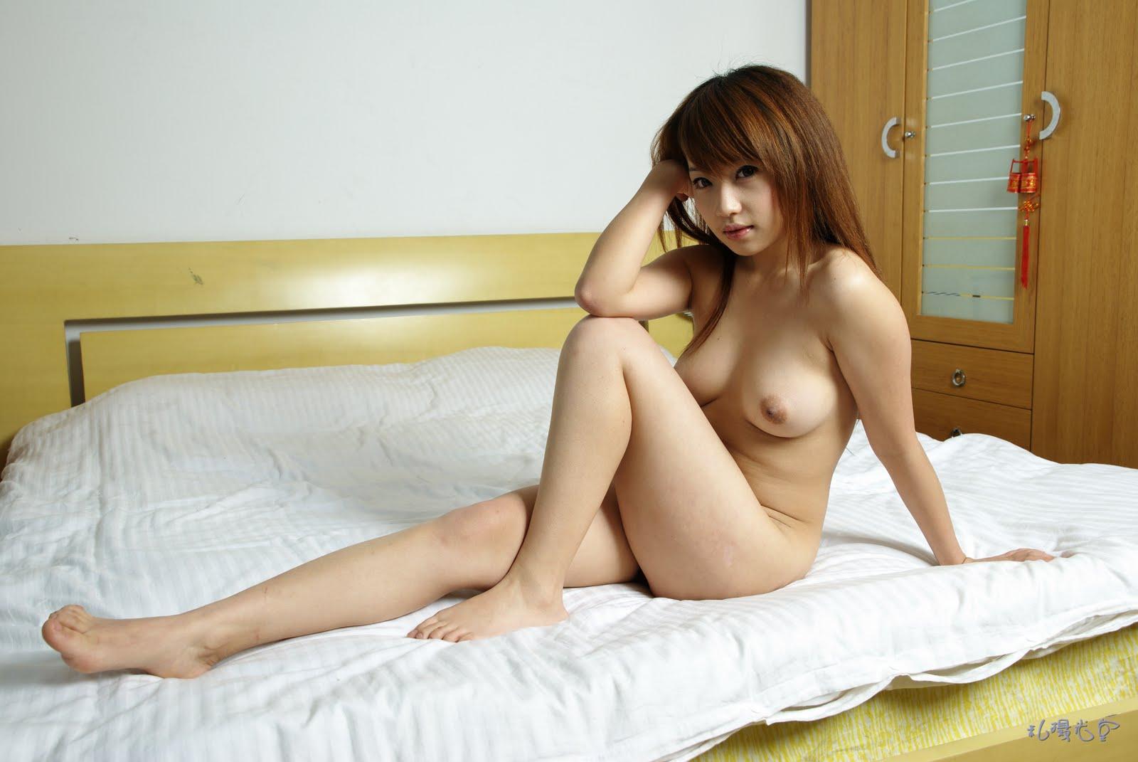 китайські дівчата голі