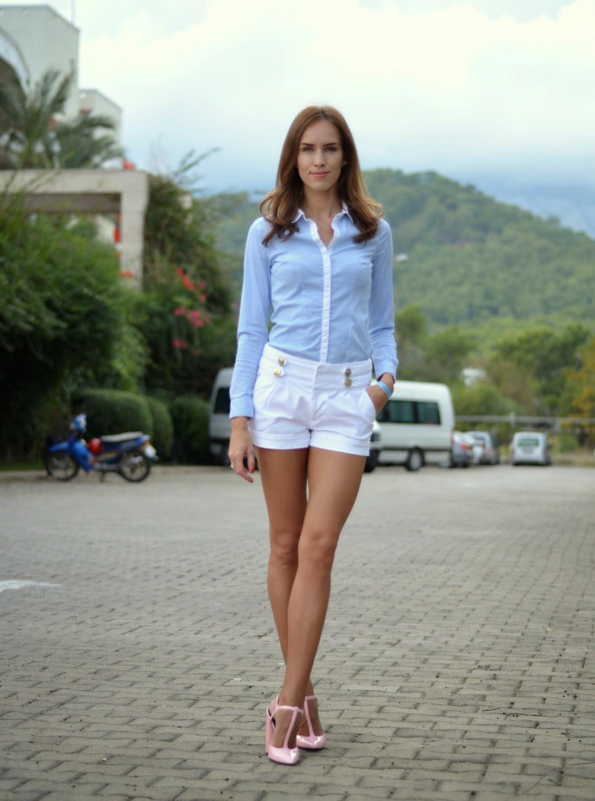 hm-shirt-mohito-white-shorts-zara-pink-strap-heels kristjaana mere