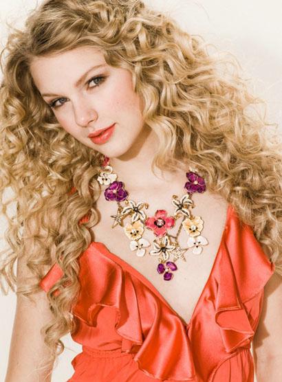 Taylor Swift, Singer
