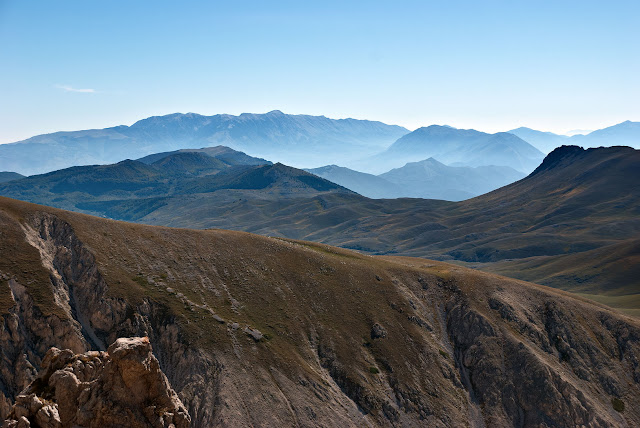 Panorama verso la Majella dalla via Cieri al Monte Infornace