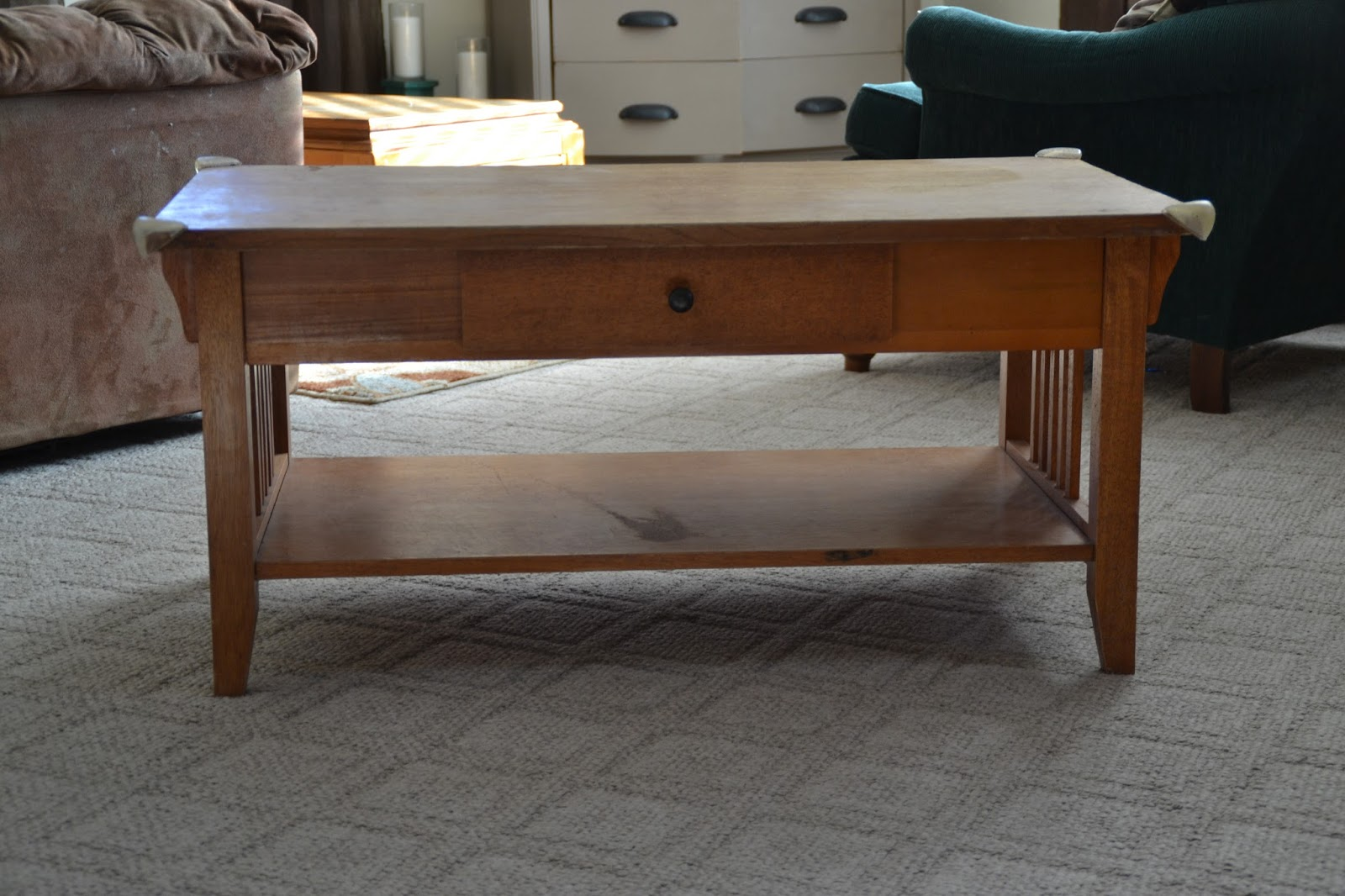 4mykiddos: transformation tuesday: coffee table