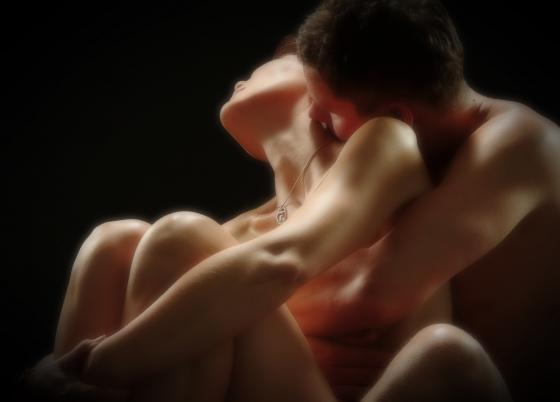 Vivência Tândrica  É uma vivência muito libertadora onde trata os movimentos naturais do corpo na terapia antes da massagem ou em vivência individuais e em grupo. Vivência Tântrica