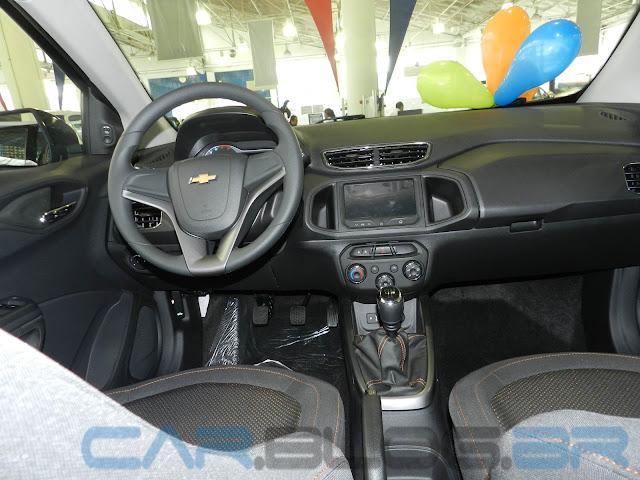 Chevrolet Onix LTZ 2013 - painel