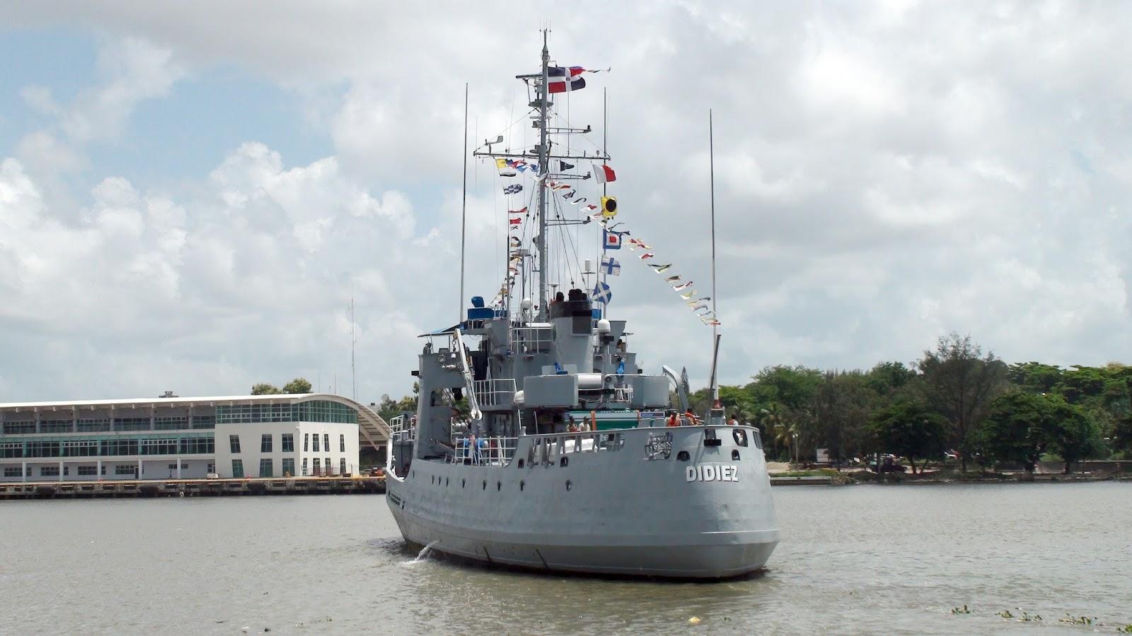 la marina en colombia: