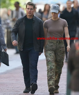 Screenshot Jack Reacher And Mayor Tuner Walking Review Movie Jack Reacher - Never Go Back (2016) BluRay 360p Subtitle Bahasa Indonesia - stitchingbelle.com