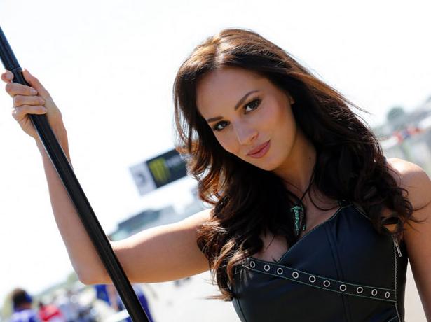 Wanita Cantik di MotoGP Prancis 2015