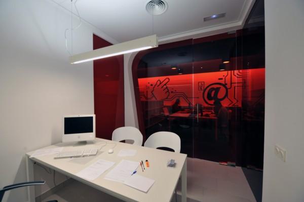 Marzua vitale dise a las oficinas de panoramicas 3d en for Oficina correos castellon