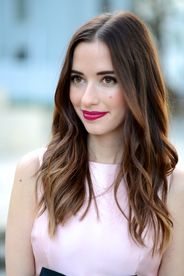 berry lipstick and loose waves on M Loves M @marmar