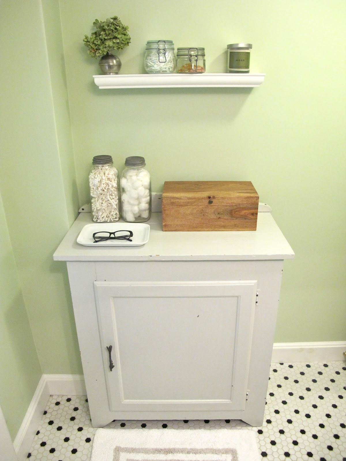 Jenny steffens hobick bathroom redo pinterest challenge for Pinterest bathroom