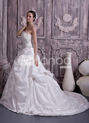 Broderie Ivoire sweetheart perles taffetas A-ligne de robe de mariage