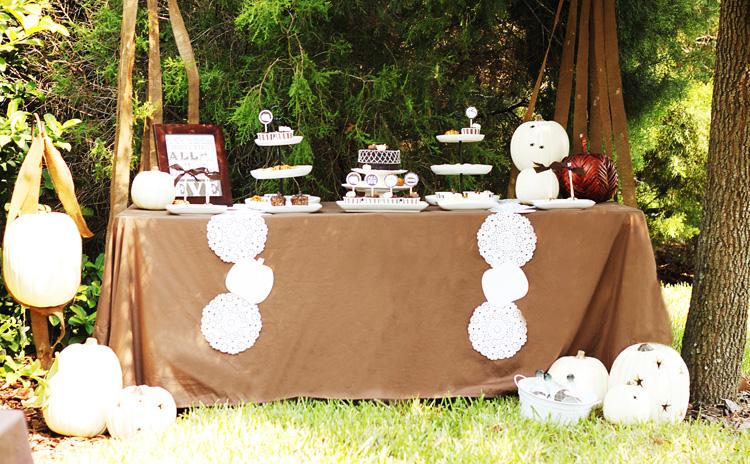 H Cake Shop Sweet Harvest Cupcake