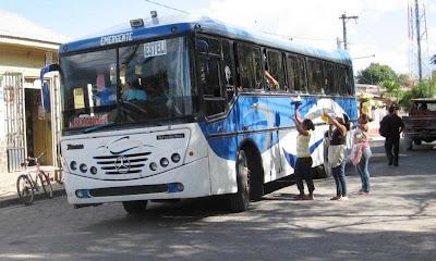 estad a nicarag ense buses in nicaragua. Black Bedroom Furniture Sets. Home Design Ideas
