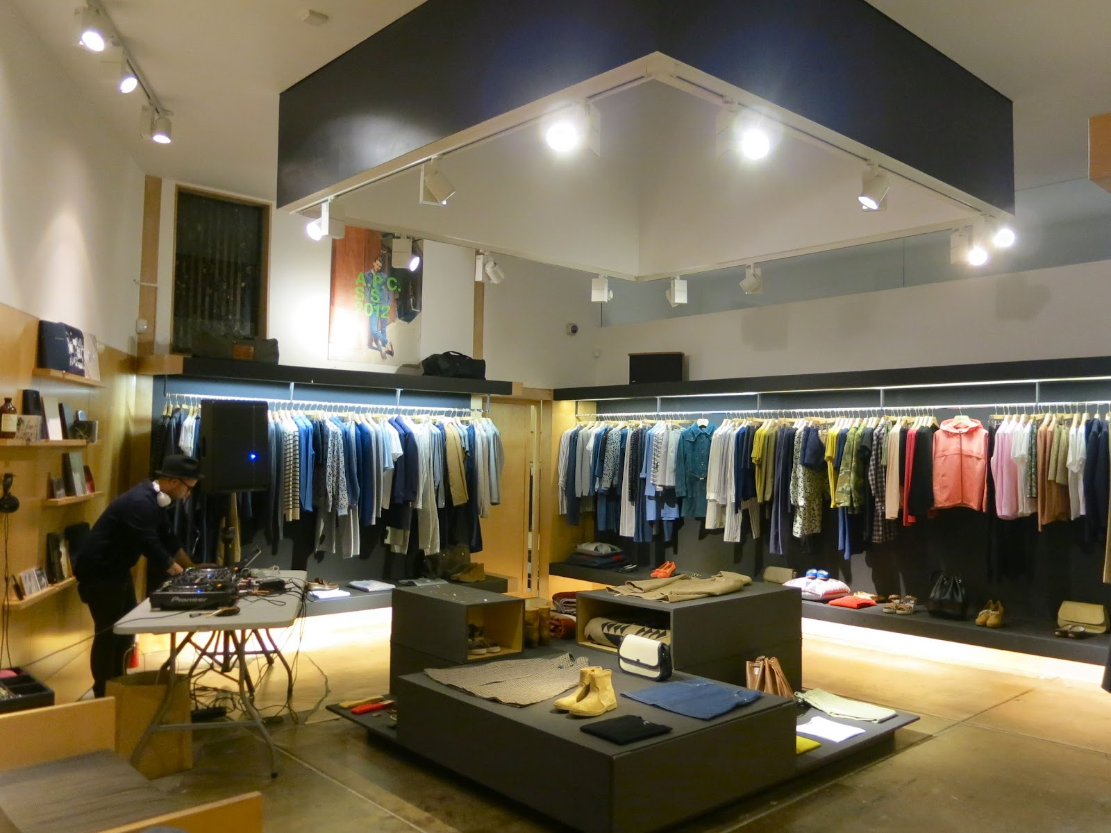 909823a3b68 Oakley Outlet Store In San Francisco « Heritage Malta