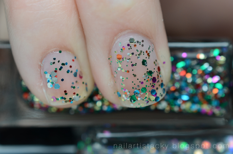 American Apparel Supernova vs. Deborah Lippmann Happy Birthday - Comparison
