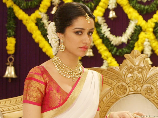 Shraddha Kapoor HD Wallpaper