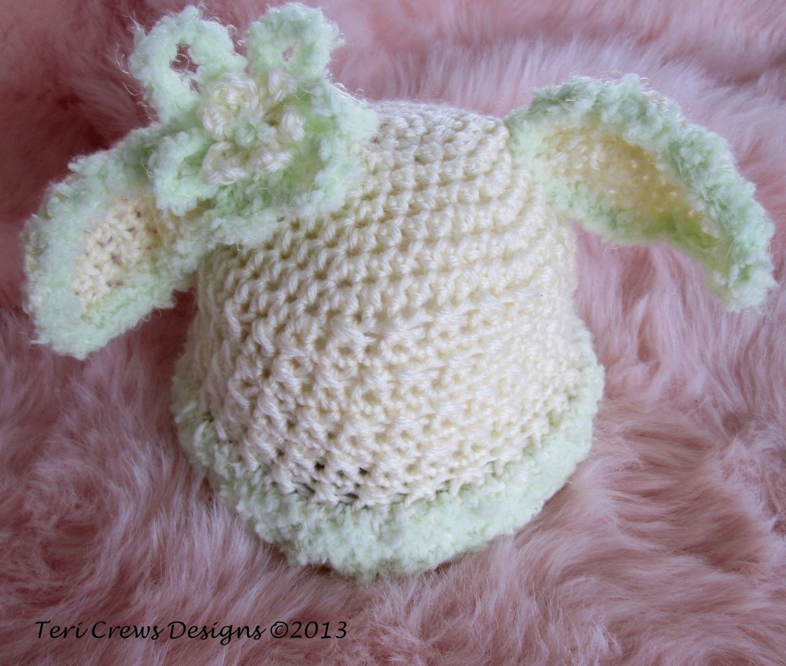 Wool and Whims: Baby Bunny Hat, Free Crochet Pattern