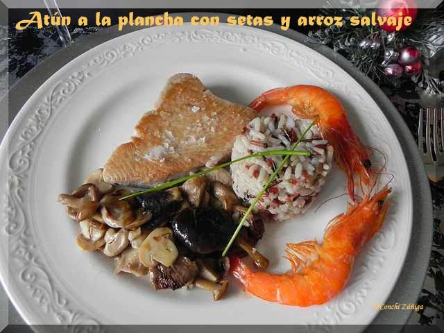 http://cocinandosetas.blogspot.com.es/2010/12/medallones-de-atun-con-setas-y-arroz.html